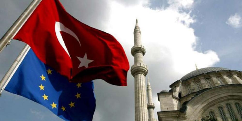 4c704b823894e663c696fb5ee0a8793f XL - چشمانداز عضویت ترکیه در اتحادیه اروپایی