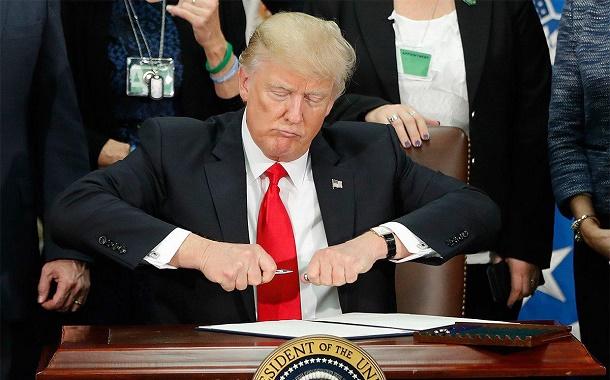برآیند تغییرات در کاخ سفید؛ همهچیز برای خروج از برجام مهیا میشود؟