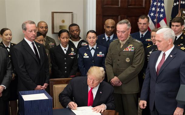 تخصیص بودجه دفاعی هنگفت ایالاتمتحده آمریکا؛ دلایل و پیامدها