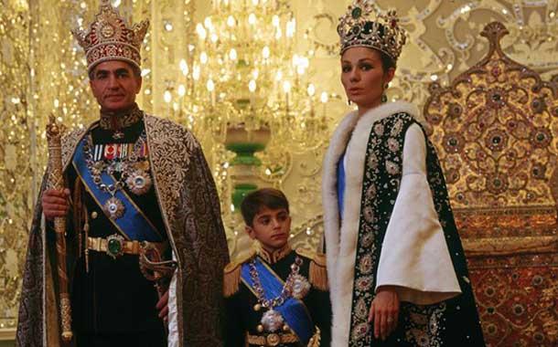 نزدیکان دربار پهلوی چه میزان پول از ایران خارج کردند؟