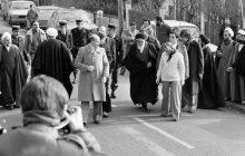 امام خمینی(ره) انقلاب ایران را از نوفل لوشاتو رهبری می کرد